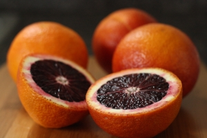blood-oranges-close-21