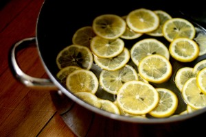 candied-lemons-in-pot