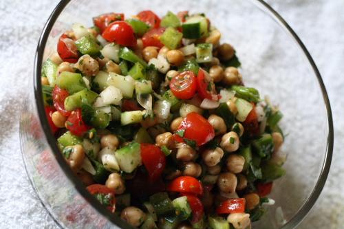 med chickpea salad